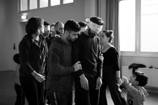 Our Footsteps, een theaterstuk van Riace Project door Roberto Bacchilega